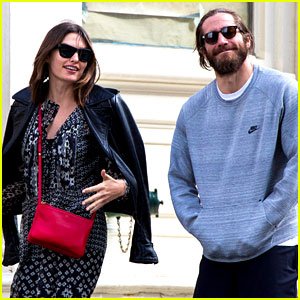 Jake Gyllenhaal Spotted with Girlfriend Alyssa Miller for First Time in Eight Months!