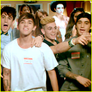 The Janoskians Gets Messy in 'Real Girls Eat Cake' Video!