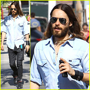 Jared Leto Encourages Social Media Followers to Follow Their Dreams!
