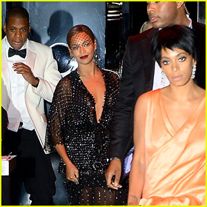 http://cdn01.cdn.justjared.com/wp-content/uploads/headlines/2014/05/jay-z-leaves-separately-from-beyonce-solange2.jpg
