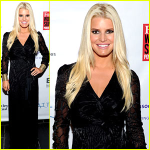 Jessica Simpson Is Stunning & Slim at Forbes' Women's Summit