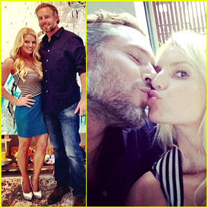 Jessica Simpson Looks Super Slim While Celebrating Anniversary with Eric Johnson!
