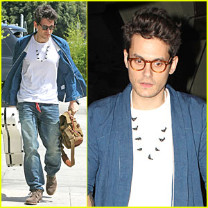 John Mayer Pays Tribute to Ferry Disaster Victims at South Korea Concert!