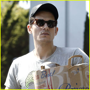 John Mayer Set to Perform at Budweiser Made In America 2014!