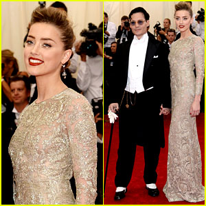 Johnny Depp & Amber Heard Are One Engaging Pair at Met Ball 2014!