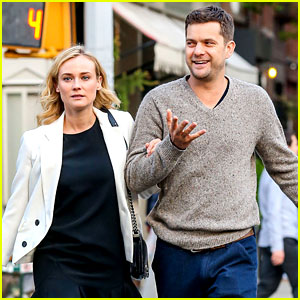 Joshua Jackson Walks Arm-In-Arm with Diane Kruger!