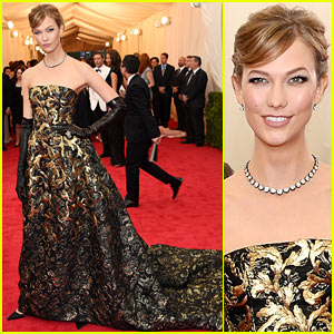 Karlie Kloss is Gold Lamé Gorgeous at Met Ball 2014!