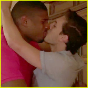 Michael Sam & His Boyfriend Vito Cammisano Kiss After He Gets Drafted! (Video)