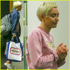 Miley Cyrus</a> Gets Restraining Order Against Arizona Man
