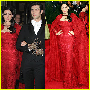 Monica Bellucci Sports Red Lacy Cape at Met Ball 2014!