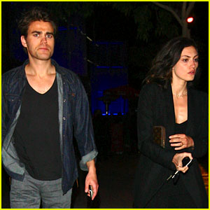 Paul Wesley & Girlfriend Phoebe Tonkin Have a Date Night!