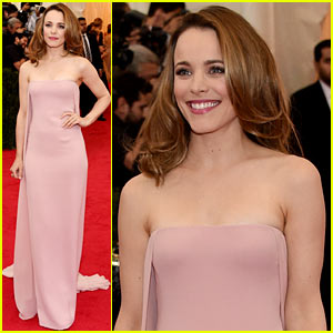 Rachel McAdams Wows in Pale Pink Look on the Met Ball 2014 Red Carpet