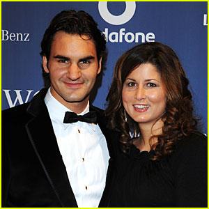 Roger Federer & Wife Mirka Welcome Twin Boys Leo & Lenny!