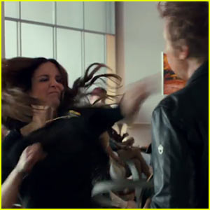 Tina Fey Punches Dax Shepard Really Hard in 'This Is Where I Leave You' Trailer - Watch Now!
