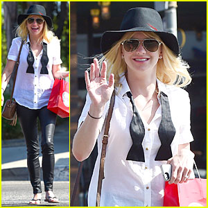 Anna Faris Returns To Talent Agency CAA After Exiting Two Years Ago!