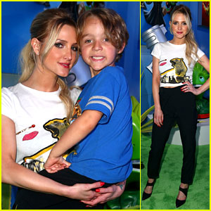 Ashlee Simpson's Son Bronx is Growing Up Before Our Eyes!