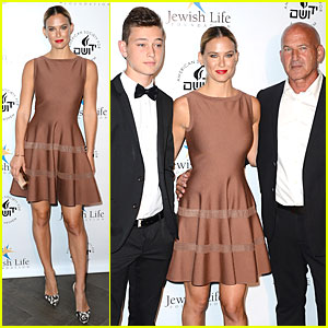 Bar Refaeli Brings Close-Knit Family to Salute to Hollywood Gala!
