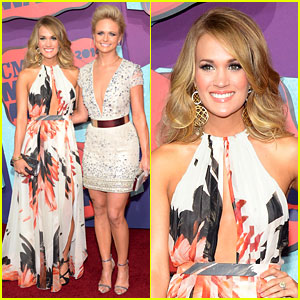 Carrie Underwood & Miranda Lambert Look Anything But 'Bad' at CMT Music Awards 2014!