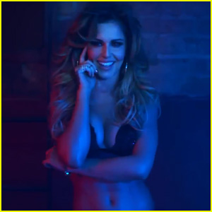 Cheryl Cole Shows Off Her Toned Abs for 'Crazy Stupid Love' Music Video - Watch Now!