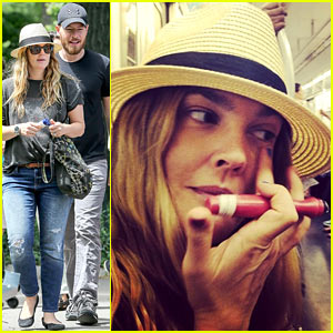 Drew Barrymore Commutes in a Hurry, Applies Makeup on the NYC Subway!