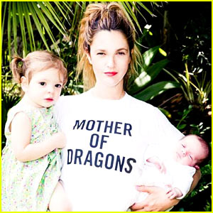Drew Barrymore Shares New Family Pic of Daughters Frankie & Olive Together!