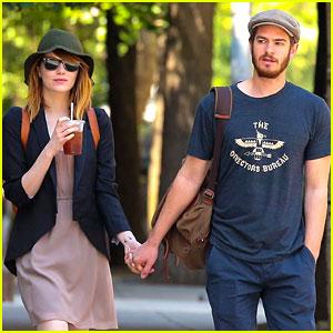Emma Stone & Andrew Garfield Walk Hand-in-Hand in New York