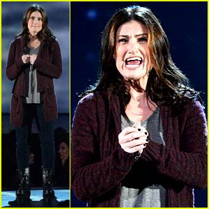 Idina Menzel Tears the House Down at Tony Awards 2014! (Video)