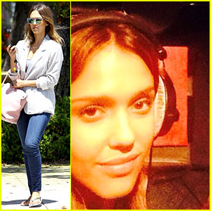 Jessica Alba Gets Us Inside a 'Barely Lethal' ADR Session!
