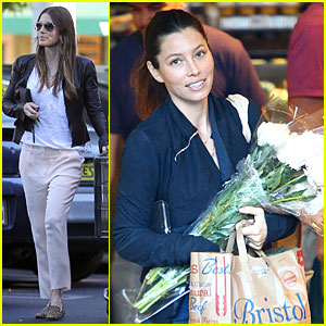 Jessica Biel Looks Happy to Smell Like Flowers!