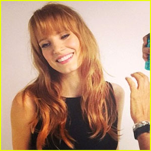 Jessica Chastain Has Bangs Now See Her New Hairstyle Here Jessica Chastain Just Jared