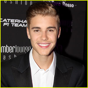 Justin Bieber Inserts Derogatory Language Into 'One Less Lonely Girl' in Old Leaked Footage (Video)