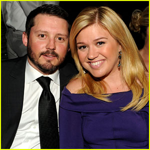 Kelly Clarkson Welcomes Baby Girl River Rose Blackstock!