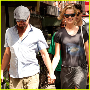 Leonardo DiCaprio & Toni Garrn Are Still Going Strong, Hold Hands in New York!