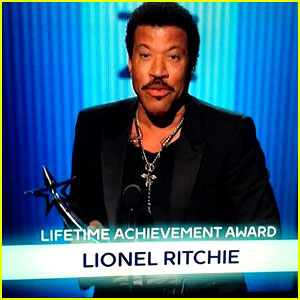 Lionel Richie's Name Spelled Wrong at BET Awards 2014 (Photo)