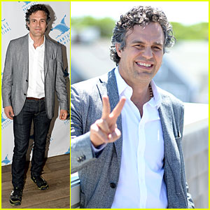 Mark Ruffalo Blames Ben Affleck For Ending His Friendship with Jennifer Garner