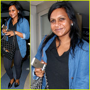 Mindy Kaling Delivers Hilarious & Amazing Speech at Harvard Law School (Video)