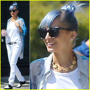 Nicole Richie Debuts New Blue Hair, Ditches Her Purple 'Do!