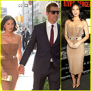 Olivia Munn & Aaron Rodgers Look Perfect For 'Deliver Us From Evil' Screening!
