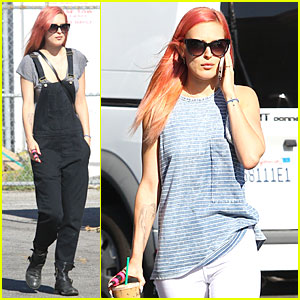 Rumer Willis Makes Overalls Trend Even More Popular!