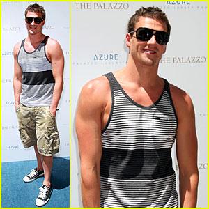 Ryan Lochte Hosts Bachelor Party in Las Vegas!