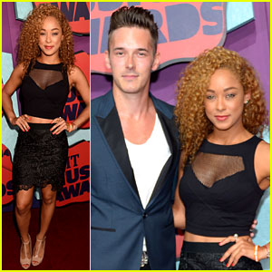 Sam Palladio & Chaley Rose Go Back to 'Nashville' for CMT Music Awards 2014!