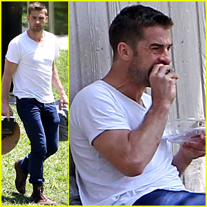 Scott Speedman Eats Lunch By Himself in a Local Park