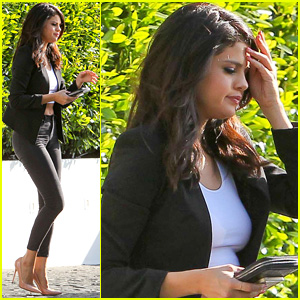 Selena Gomez Joins On-Again Boyfriend Justin Bieber at the Studio!