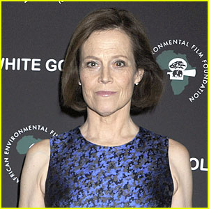 Sigourney Weaver is Returning to 'Avatar' Sequels as Different Character