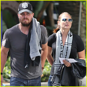Stephen Amell Supports the LA Kings at Their Stanley Cup Win!