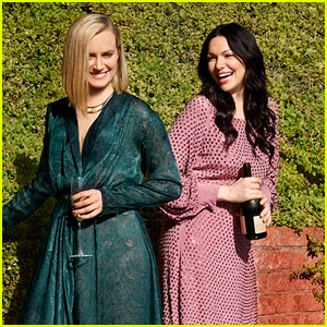 Taylor Schilling & Laura Prepon Come 'Out' For Wine!