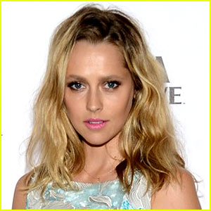 Teresa Palmer Lands Female Lead for 'Point Break' Remake!