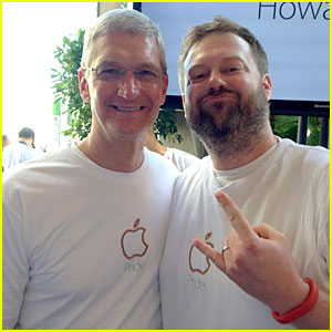 Apple's Tim Cook Attends Pride Event After Being Outed as Gay