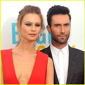 Adam Levine Marries Behati Prinsloo in Mexico!