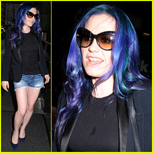 Anna Paquin Steps Out with Her New Blue & Purple Hair!